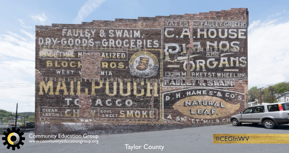 A Mail Pouch Tobacco mural in Taylor County, West Virginia